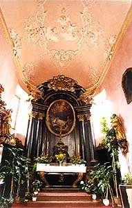 Kostel sv. Víta v Českém Krumlově, interiér kaple sv. Jana Nepomuckého z roku 1725