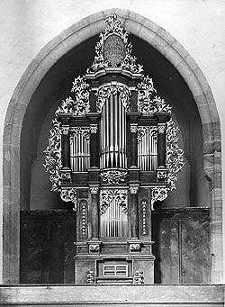 Orgel auf dem Literatenchor in der Kirche St. Veit in Český Krumlov, ein historisches Foto, foto:  B.Kerschner